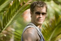 timothy olyphant and palm tree