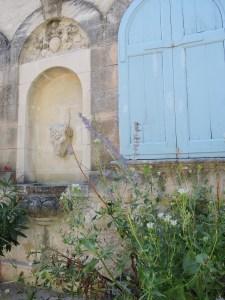 Villeneuve-les-Avignon street art 3